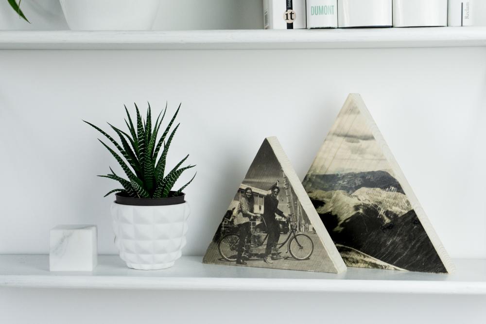 foto auf holz diy so gelingt es schereleimpapier diy. Black Bedroom Furniture Sets. Home Design Ideas