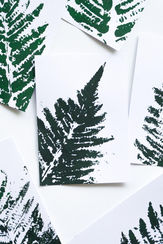 diy pflanzen deko 3 schereleimpapier diy blog f r wohnen geschenke und mehr. Black Bedroom Furniture Sets. Home Design Ideas