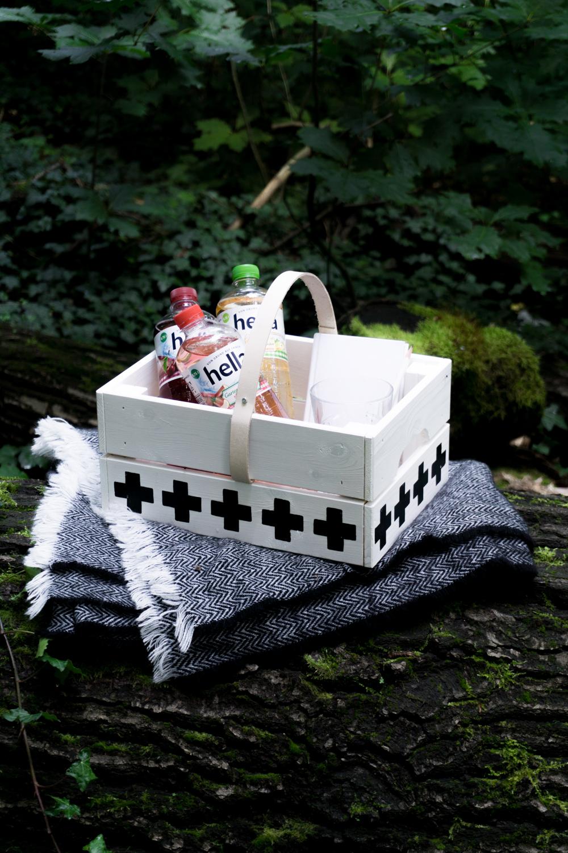 schereleimpapier diy korb selber machen 1 3 schereleimpapier diy blog f r wohnen geschenke. Black Bedroom Furniture Sets. Home Design Ideas